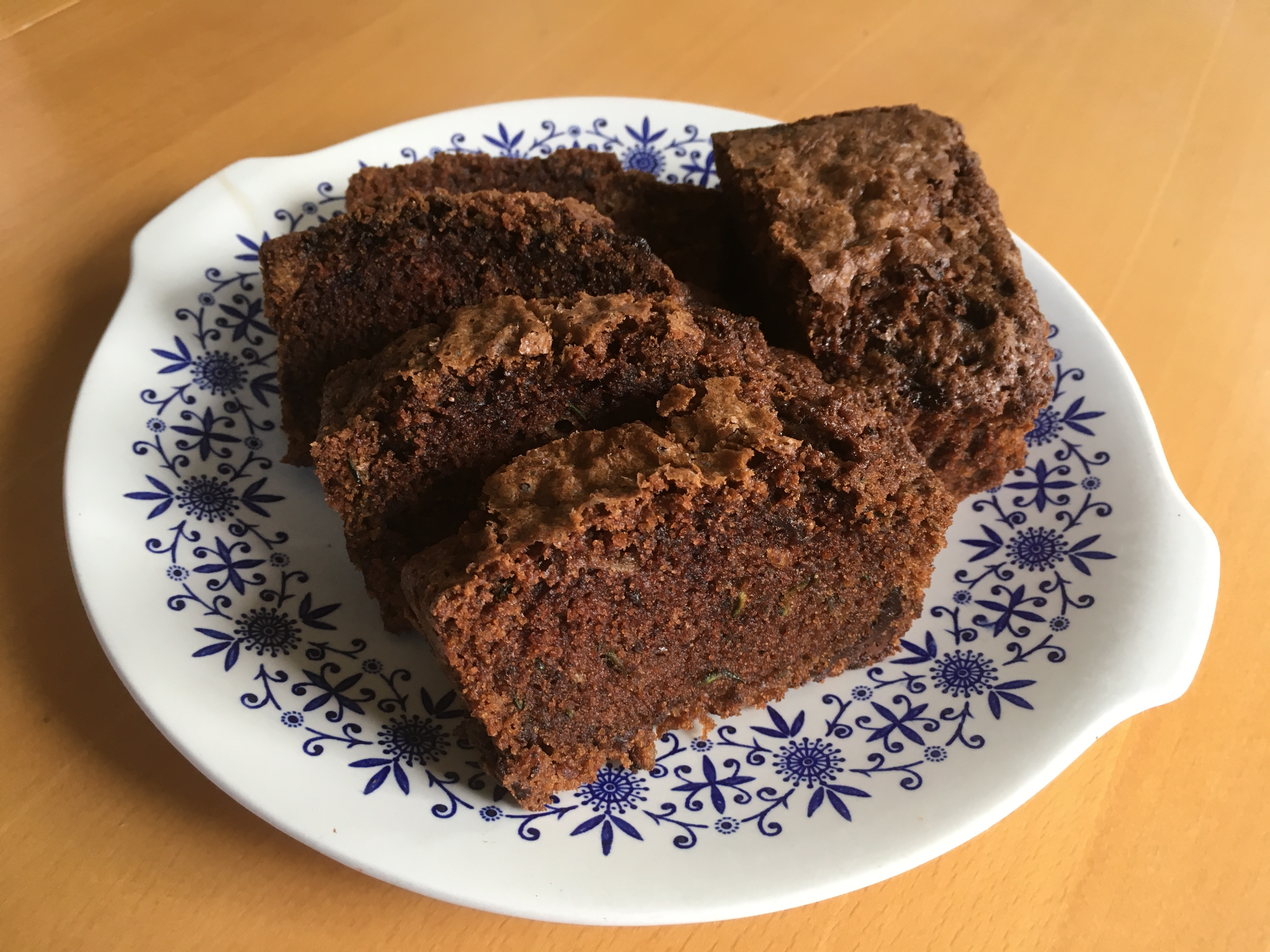 Chocolate courgette loaf cake
